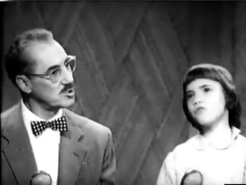 You Bet Your Life #54-18 Groucho & Melinda Marx sing Gilbert & Sullivan ('Smile', Jan 13, 1955)