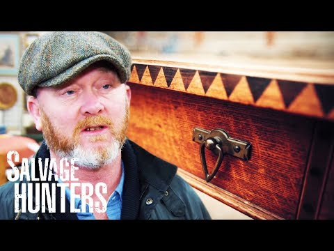 Drew Attends An Auction Full Of Fantastic High End Pieces | SERIES 12 | Salvage Hunters