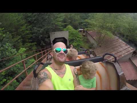 Dollywood log ride