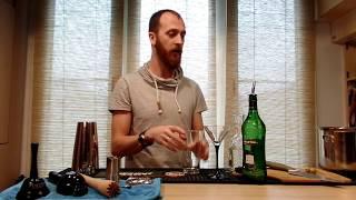 видео Как правильно и с чем пьют мартини (закуска)