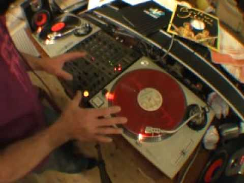 DJ Tutorial, How to Mix Old School Funk.