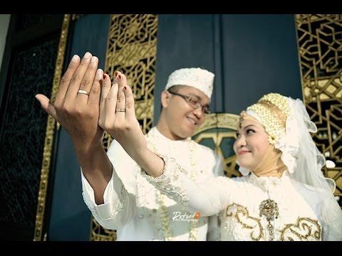 Foto Pernikahan Akad Nikah Pengantin Islami DEWI + VINDY di Masjid Agung Al Akbar Surabaya