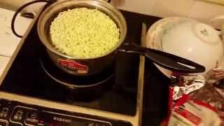 How To Make Ramen Noodles The Ghetto Gourmet Way! With Eggs.