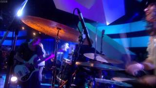 Warpaint - Elephants (Later... with Jools Holland 13/05/11) 720p