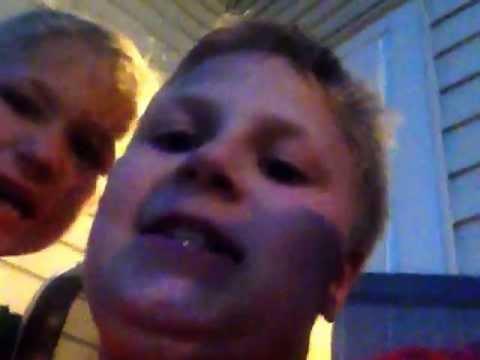 hilarious kids singing