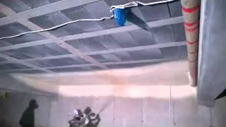 Izolacja pianą PUR stropu garażu podziemnego