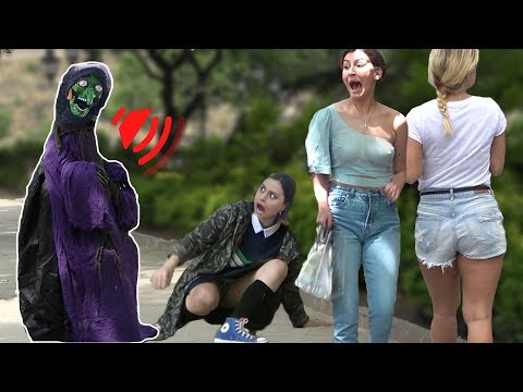 SCARY HALLOWEEN GHOST PRANK 👻 - Best of Just For Laughs  - AWESOME REACTIONS