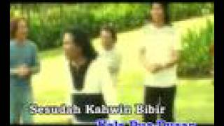 Video Lagu Komedi - Bibir download MP3, 3GP, MP4, WEBM, AVI, FLV Maret 2017