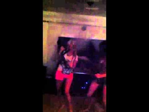 Tams and Sav karaoke to Queen!