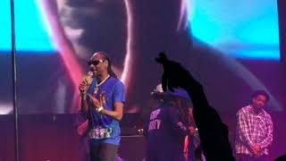 Snoop Dogg & 2Pac - Gangsta Party - (Live)