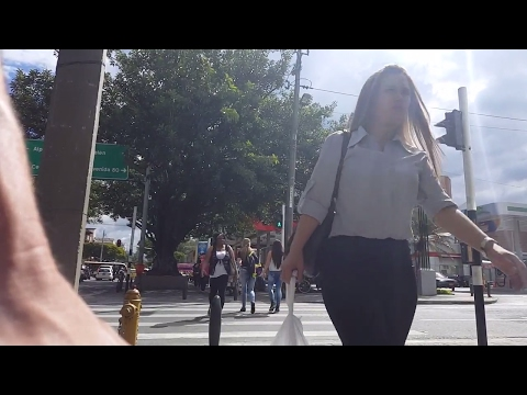 MEDELLIN: Negotiating Prices When Shopping, Buying SIM Card, Travel Vlogger Interview in Colombia