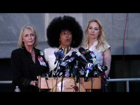 Bill Cosby Accuser speaks after deadlock