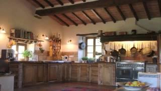 Casali di Prestigio in Vendita a Bucine (AR)