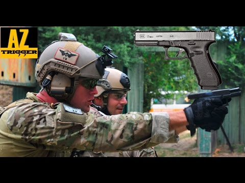 Glock 17 - The Perfect Combat Pistol? (Review & Accuracy)