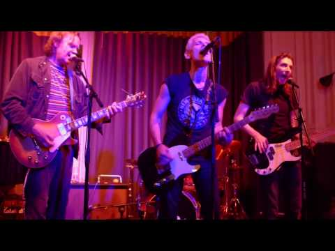 Steve Dior live at The Elgin pub 2015  -  Driving