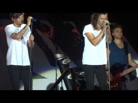 Night Changes - One Direction (9-3-15 Buffalo, NY Ralph Wilson Stadium)