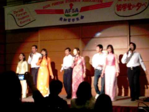 Hay Den Voi Nhung Con Nguoi Viet Nam Toi - Ky Niem Tai Japan.AVI