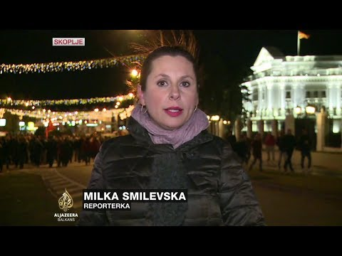 Smilevska: Više od hiljadu pristalica VMRO-DPMNE-a ispred zgrade vlade