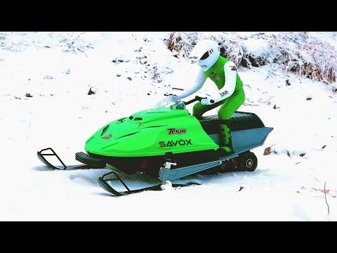 RC ADVENTURES - Brushless Snowmobile Test - Art Attack Kit, Tekin ESC & T8 Motor, 3s Lipo