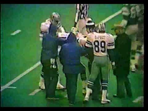 1982 Week 16 Eagles at Dallas pt 1
