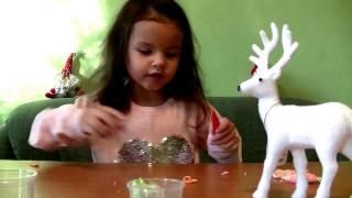 Дианка лепит верблюда! Масса для лепки) Видео для детей