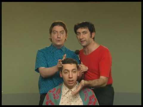 Les Deschiens - Les coiffeurs visagistes - YouTube