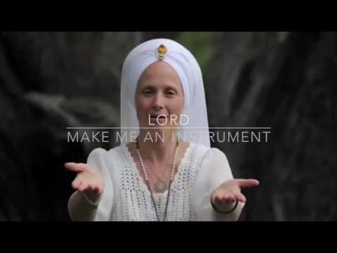 Snatam Kaur - Servant of Peace - With Lyrics