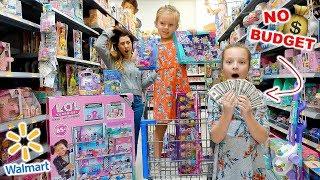 Kids No Budget Walmart Shopping! 🤑 Peyton & Olivia Toy Haul