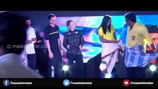 P. V. Sindhu's Lungi Dance at Chennai Smashers jersey launch