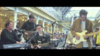 Eliza and the Bear - Live at St Pancras International 2015