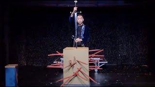 【大型幻術-紙箱刺人】- 互動魔術表演 尾牙表演推薦 VIP之夜晚宴表演 婚宴表演 記者會客製化表演 中英雙語魔術主持人 復古中國風 激勵夢想演講