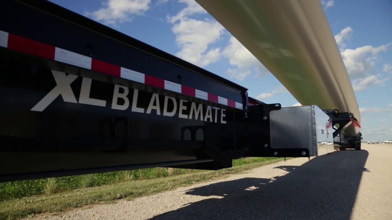 XL BladeMate   Hauling Wind Turbine Blades