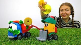 Грузовичок Лева. Мультик с игрушками про машинки 🚗! #ГрузовичокЛева застрял в болоте! Лева буксует!