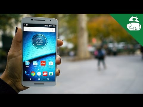 Droid Maxx 2 First Look and Hands On