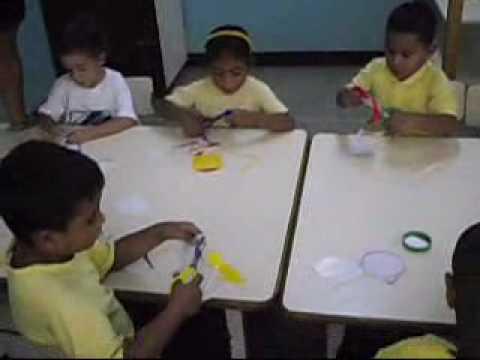 Jugando Aprendo Las Figuras Geometricas Y Colores Primarios Youtube
