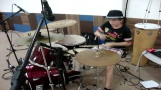 Eric- 12 anos- Baha Men - Who Let The Dogs Out? (Drum cover)