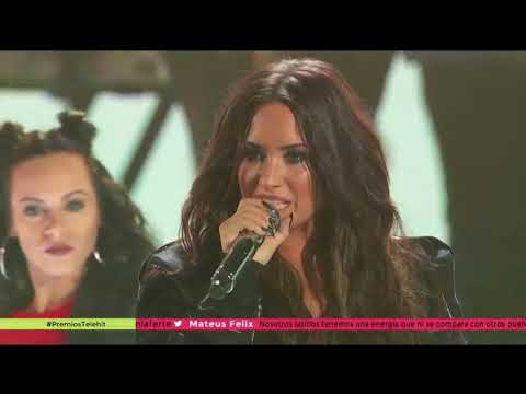 Demi Lovato - Confident (Live at Premios Telehit 2017) - November 8