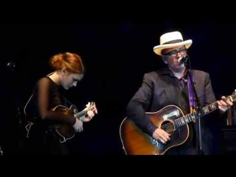 Elvis Costello & Larkin Poe - Lost On The River (unpublished Dylan lyrics) - live Munich 2014-10-13
