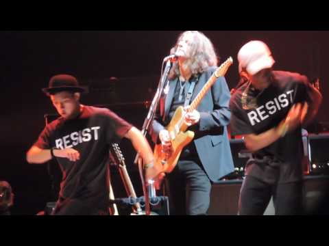 Roger Waters Staples Center Another Brick In The Wall Live 2017