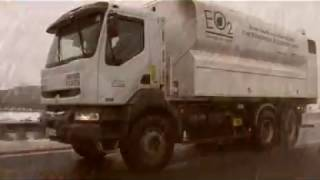 Livraison de granulés bois par camion souffleur EO2. www.eo2.fr
