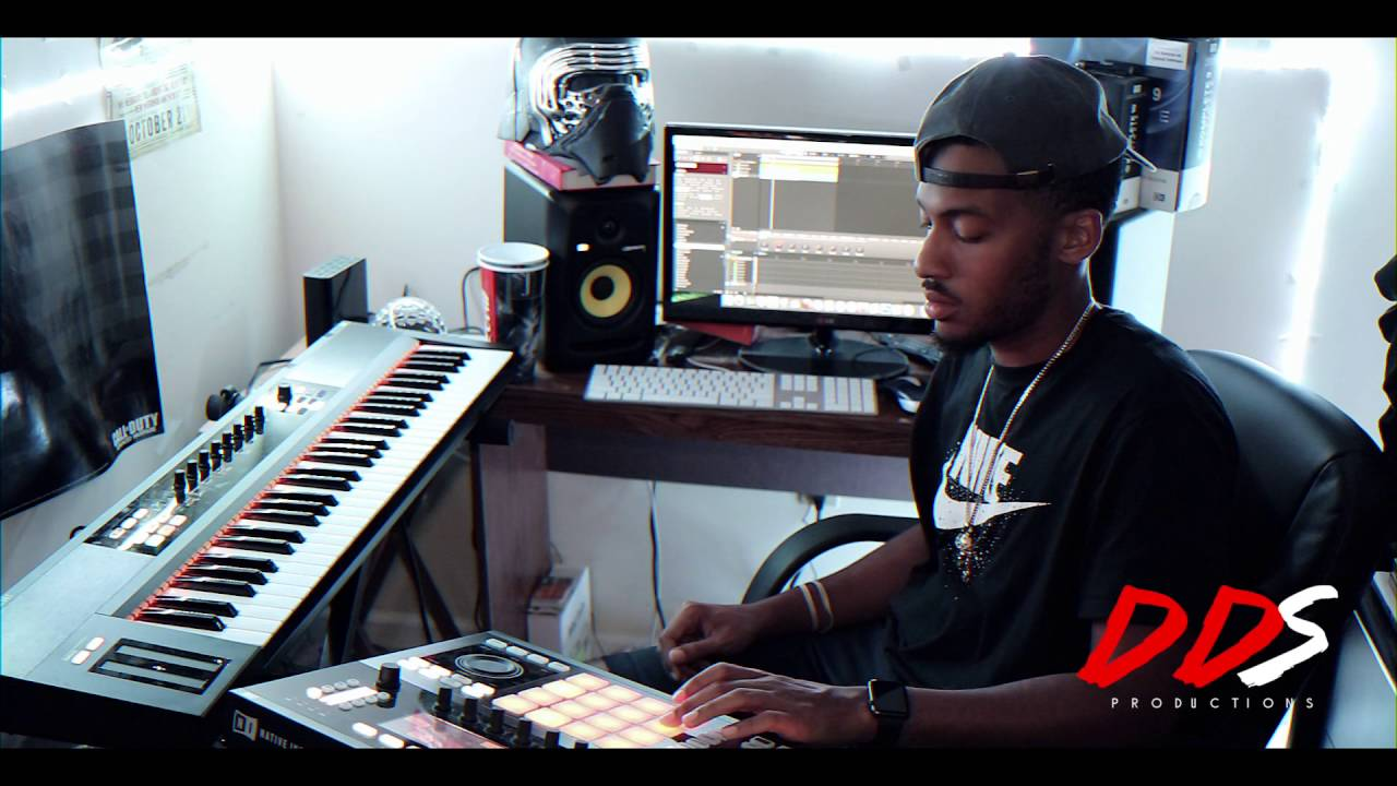 piano hip hop beat making using native instruments maschine! - youtube