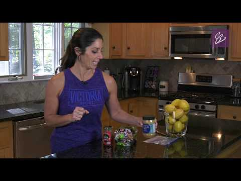 How to make a healthy Peanut Butter and Jelly