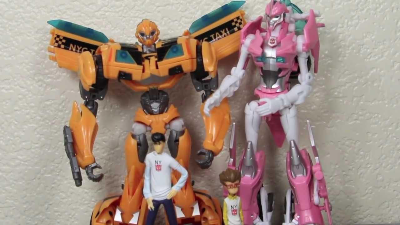 Transformers Prime Bumblebee, Arcee, Jack & Raf NYCC 2011 Exclusive Set  Review