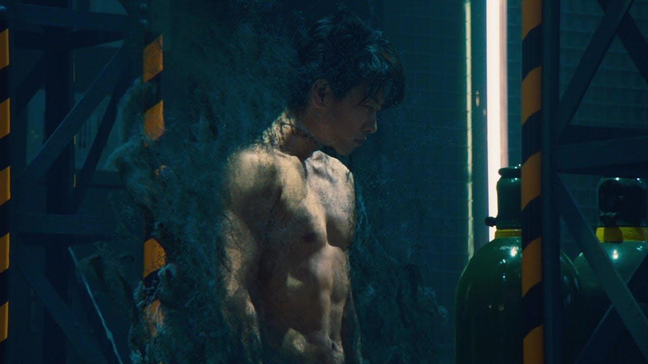 佐藤健の完璧な肉体美をチラ見せ!『亜人』予告編