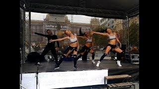 ICONIC dance show / Zažít město jinak/ Choreo by Martina Panochová