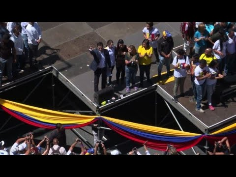 Venezuela's Guaido arrives at rally in Caracas