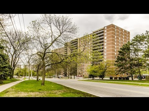 TORONTO CONDO FOR SALE: 15 La Rose Avenue