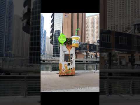 DUBAI TOUR 2021   Dubai Marina Yatch Club   Automatic Fruit Juice  Maker   #shorts   #viral  