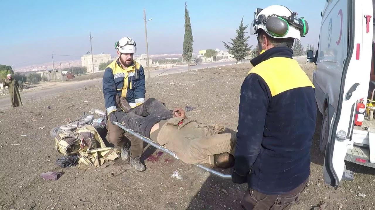 أصيب 3 مدنيين نتيجة استهداف الطيران الحربي الروسي للطريق الدولي بالقرب من بلدة #خان_السبل