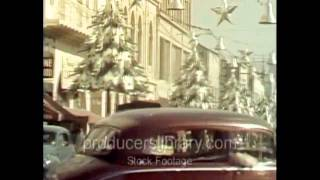 Christmas on Hollywood Boulevard in the late 1940s. (From Producers Library of Los Angeles)
